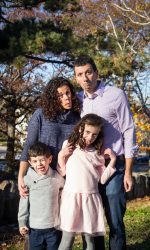 Family Portraits, Outdoor Family Portraits, Natural Light Portraits, Candid Portraits, Somerville Photography