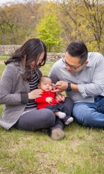 Family Portraits, Outdoor Family Portraits, Baby Photography, Baby Portraits, Natural Light Family Portraits